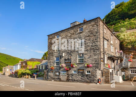 2 July 2018: Boscastle, Cornwall, UK: The Cobweb Inn, a Free House in the Cornish village. - Stock Image