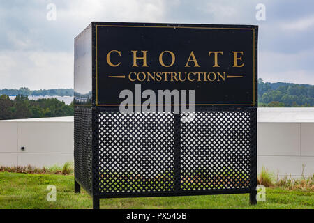 LINCOLNTON, NC, USA-9/23/18: A construction site sign for CHOATE Construction Company. - Stock Image