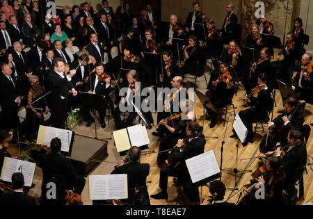 Prague, Czech Republic. 12th May, 2019. The 74th Prague Spring international music festival started with Bedrich Smetana's Ma vlast (My Country) cycle performed by the German Bamberger Symphoniker (Bamberg Symphony) under the baton of Jakub Hrusa, on May 12, 2019, in Prague, Czech Republic. Credit: Michal Krumphanzl/CTK Photo/Alamy Live News - Stock Image