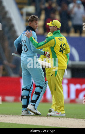 Birmingham, UK. 11th July 2019; Edgbaston, Midlands, England; ICC World Cup Cricket semi-final England versus Australia; Steve Smith shakes hands with Joe Root as England win the match by a margin of 8 wickets Credit: Action Plus Sports Images/Alamy Live News - Stock Image