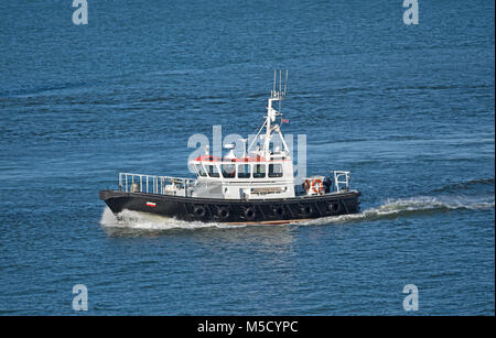 Aberdeen harbour pilot boat 'Sea Shepard returns having escorted a ship safely out to the North Sea. - Stock Image