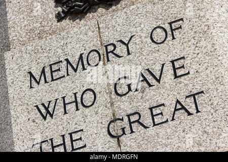 Section of the wording (memory, who gave, great) engraved on the First World war memorial in Bury, Greater Manchester. - Stock Image