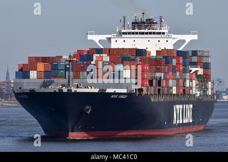 NYK Virgo leaving port of Hamburg - Stock Image