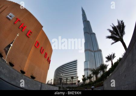 Dubai Mall, Burj Khalifa, highest Skycraper in the World, 828 meter, Burj Dubai, Dubai United Arab Emirates - Stock Image