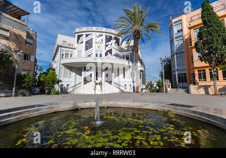 The recently restored Beit Ha'ir museum and cultural centre, Bialik Square, Tel Aviv - Stock Image