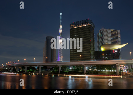 Tokyo Skytree at 634m, is the tallest free-standing broadcasting tower in the world. Sumida Tokyo Japan - Stock Image