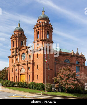 ASHEVILLE, NC, USA-10/17/18: The Basilica of St. Lawrence in Asheville, a  Catholic church given the title of 'Basilica'. - Stock Image