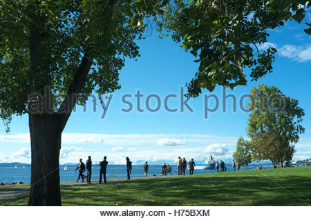 Centennial Park, overlooking Elliott Bay, in the city of Seattle, in Washington State, USA. - Stock Image