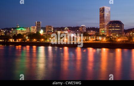 Portland Oregon across the Willamette River - Stock Image
