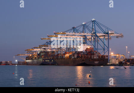 Container port at night - Stock Image