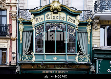 Art deco shop front in the centre of Lille - Stock Image