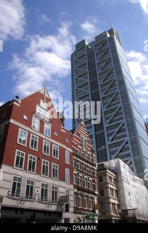 Heron Tower London view from Bishopsgate - Stock Image