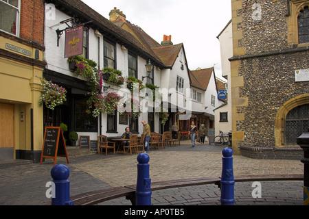 The Fleur De Lys Pub and Clock Tower Market Cross St Albans Hertfordshire - Stock Image