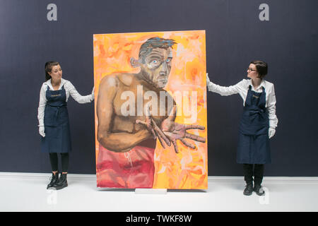 London, UK. 21st June, 2019. Sotheby's assistants withSelbsportrait mit Leeren Händen1998, Oil and acrylic on canvas by Albert Oehlen. Estimate: £4,000,000-6,000,000 at the Sotheby's Contemporary Art Auction preview for the Evening sale on 26 June Credit: amer ghazzal/Alamy Live News - Stock Image