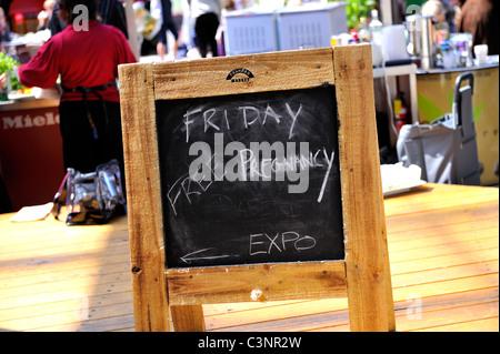 Blackboard appearing to advertise Free Pregnancy Expo. Melbourne, Australia - Stock Image