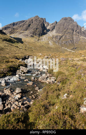 Bla Bheinn (left of centre) and Clach Glas (right of centre) Allt na Dunaiche stream in the Black Cuillin Mountains on the Isle of Skye, Scotland, UK - Stock Image