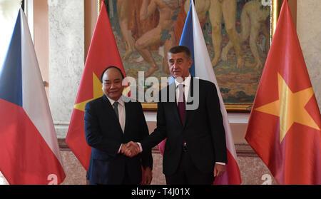 Prague, Czech Republic. 17th Apr, 2019. Czech Prime Minister Andrej Babis (right) meets Vietnamese Prime Minister Nguyen Xuan Phuc in Prague, Czech Republic, April 17, 2019. Credit: Michal Krumphanzl/CTK Photo/Alamy Live News - Stock Image