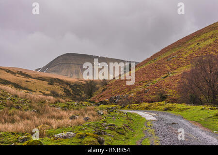The Black Mountain range (Carmarthen Fans) with Fan Brycheiniog visible during winter in the Brecon Beacons National Park, South Wales, UK - Stock Image