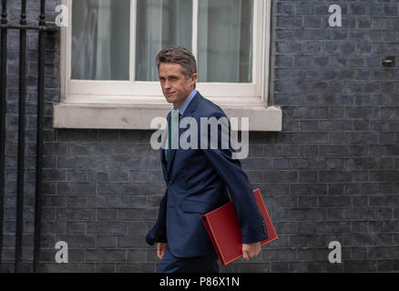 London 10th July 2018, Gavin Williamsson, Defence Secretary, arrives at Cabinet meeting at 10 Downing Street, London Credit Ian Davidson/Alamy Live News - Stock Image