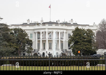 The White House is seen in Washington, DC on January 12, 2019. - Stock Image
