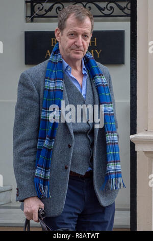 London, United Kingdom. 14 December 2018. Alastair Campbell departs the British Academy building after Tony Blair delivered a speech at a Peoples Vote event at the central London venue. Credit: Peter Manning/Alamy Live News - Stock Image