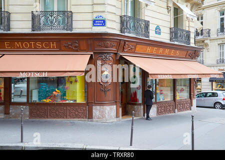 PARIS, FRANCE - JULY 22, 2017: Hermes fashion luxury store in avenue George V in Paris, France. - Stock Image