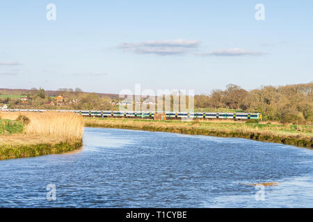 A Southern Railway train arriving in Arundel, West Sussex, England, UK - Stock Image