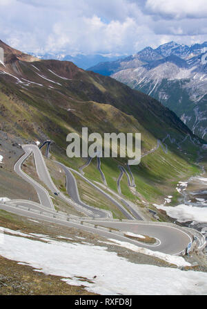 Winding road to the Stelvio Pass in South Tyrol, northern Italy - Stock Image