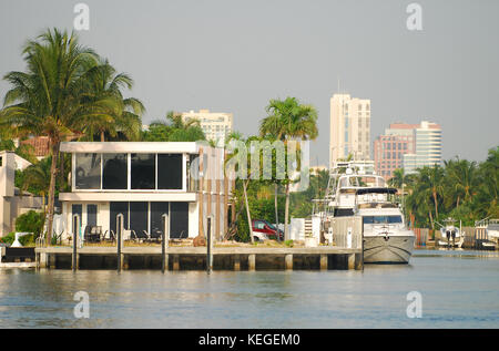 luxury waterfont homes fort lauderdale florida - Stock Image
