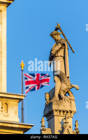 UK, England, London, Broad Sanctuary, Westminster Abbey and Westminster School Memorial, St. George slaying the Dragon - Stock Image
