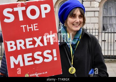 London, UK. 27th March, 2019. Remain protester. Anti Brexit Protests in Westminster, Houses of Parliament, Westminster, London. UK Credit: michael melia/Alamy Live News - Stock Image