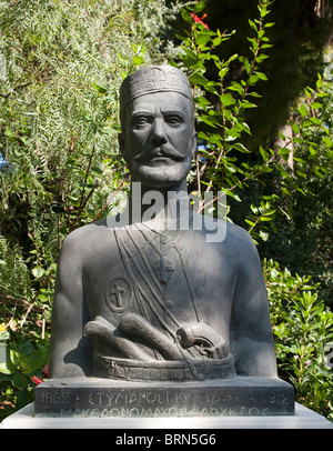 Bust of famous Greek in Retyhmno park Crete Greece - Stock Image