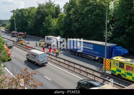 High Wycombe, United Kingdom. 5 July 2018. A serious collision between two trucks on the M40 within junction 4. Credit: Peter Manning/Alamy Live News - Stock Image