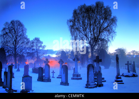 Dalkeith Cemetery Dusk, Midlothian, Edinburgh, Scotland, UK  A blue, ice, icy, cold winters night with low temperatures. - Stock Image