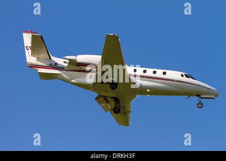 Netjets 560XL Cessna to land - Stock Image
