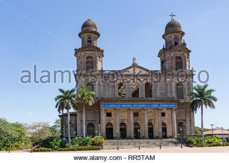 Managua's Catedral de Santiago was damaged in the 1972 earthquake that destroyed a large part of the city.  It was build from 1928 to 1938. - Stock Image