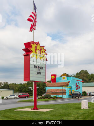 Greeneville, TN, USA-10-2-18: A Pal's fast food diner in Greeneville, with other stores in Tennessee and southwestern Virginia. - Stock Image