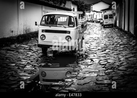 Paraty, Rio de Janeiro, Brazil. Colonial Street in Paraty town - Stock Image