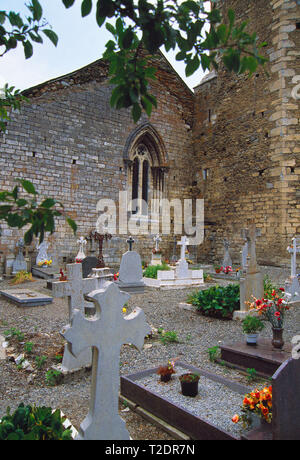 Graveyard. San Andres church, Salardu, Lerida province, Catalonia, Spain. - Stock Image