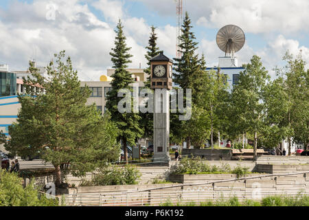 Golden Heart Plaza and the Fairbanks Rotary Club Clock, downtown in Fairbanks, Alaska. The downtown plaza was built to celebrate the silver anniversary of Alaska statehood in 1984. - Stock Image