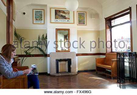 Leamington Spa railway station - period architecture in the restored passenger waiting room on platform 3. Warwickshire, - Stock Image