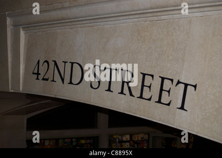 42nd street sign inside Grand Central Terminal. - Stock Image