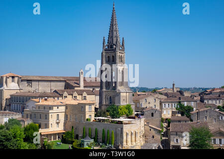 A view from the Tour du Roi (King's Tower) in St Emillion, a picturesque village in the wine-producing Bordeaux Region of France - Stock Image