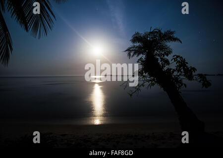 The moon rises over the Turtle Islands in Sierra Leone. - Stock Image