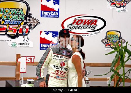 Dario Franchitti and Ashley Judd - Newton IA :  June 21st, 2009, IRL IndyCar Iowa Corn 250 - Stock Image