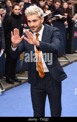 London, UK. 24th Apr, 2019. LONDON, UK. April 24, 2019: Zac Efron arriving for the 'Extremely Wicked, Shockingly Evil And Vile' premiere at the Curzon Mayfair, London. Picture: Steve Vas/Featureflash Credit: Paul Smith/Alamy Live News - Stock Image