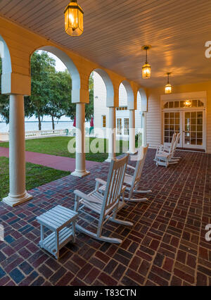 Porch at Capernaum Lakeside Lodge also Capernaum Inn Retreat Center built in 1925 in Lake Wales Polk County Floridda in the United States - Stock Image