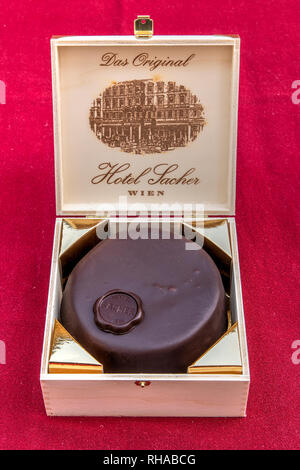 Wooden box containing the original sachertorte chocolate cake, Hotel Sacher, Vienna, Austria - Stock Image