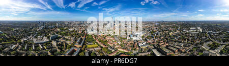 New Modern South London City Aerial Skyline with 360 Degree Panorama View feat. Suburban Neighbourhood and Central London Buildings in the background - Stock Image