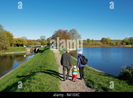 Tring Reservoir and Grand Union Canal, near Marsworth, Buckinghamshire, England UK - Stock Image